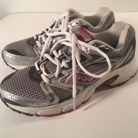 Saucony Shoes | Oasis 2 Womens Size 7
